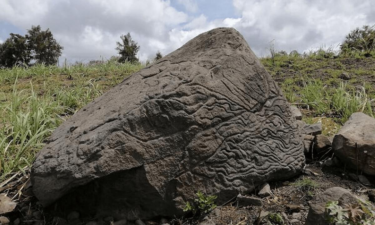 piedra-mapa colima