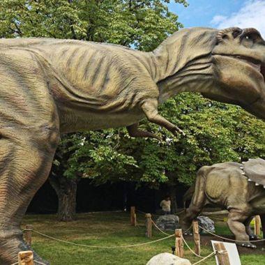 Subastan Dinosaurios Robóticos Tamaño Real