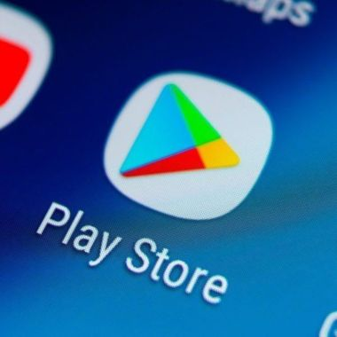 Google quita apps de Play Store por robo de datos de Facebook