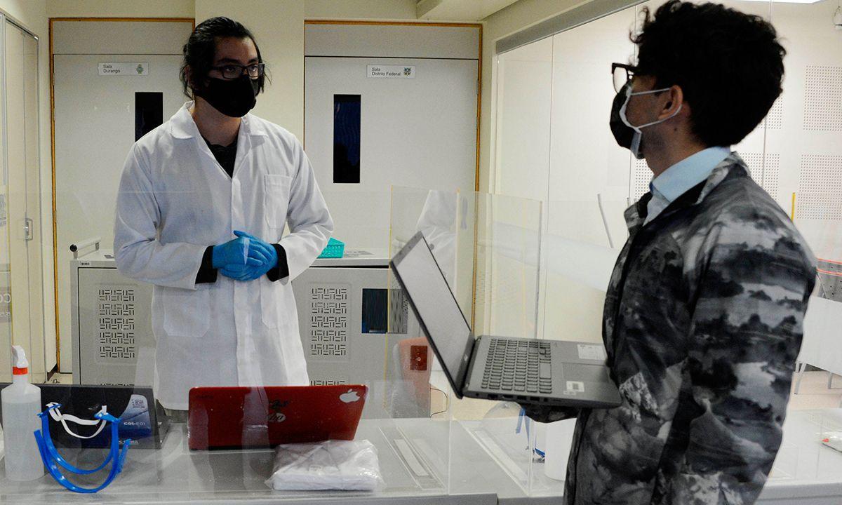 UNAM prestará tablets y computadoras