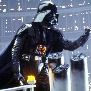 Estatua de Darth Vader aparece misteriosamente