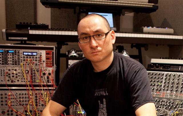 Richard Devine es un afamado músico electrónico