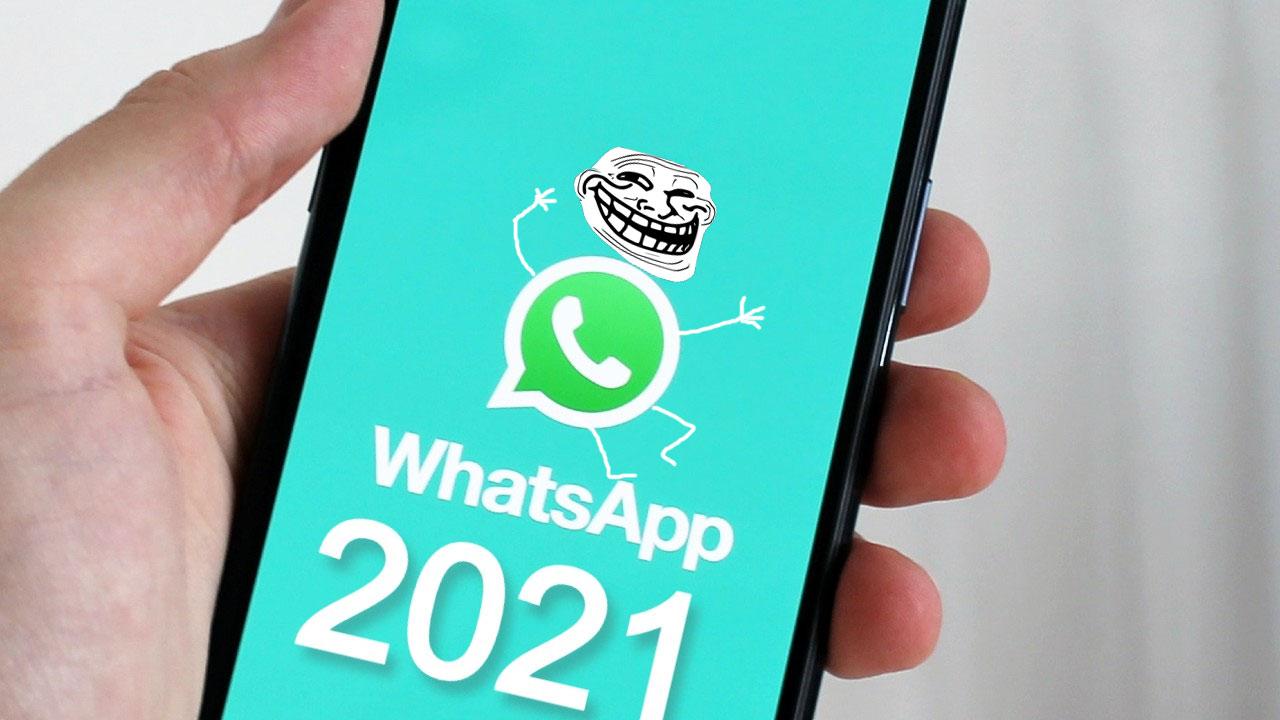 WhatsApp Trollface