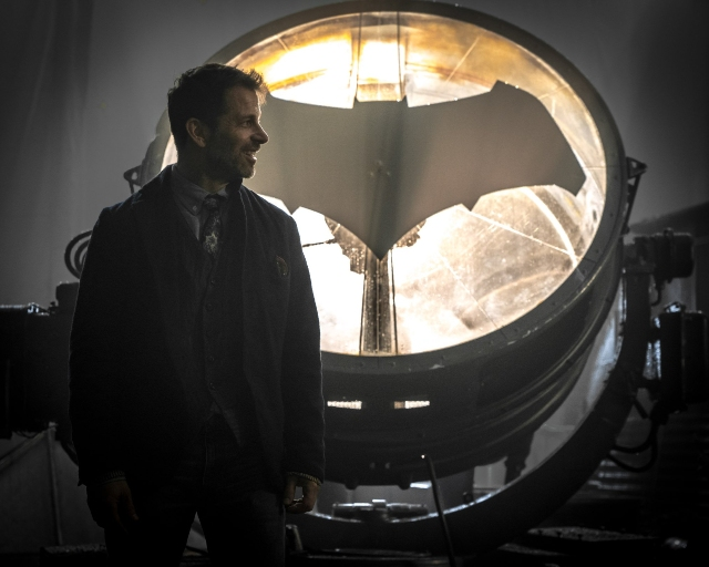 Zack Snyder cree que DC es más popular que Marvel