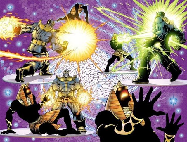 Akhenaton y Galactur peleando por el poder del corazón del Universo