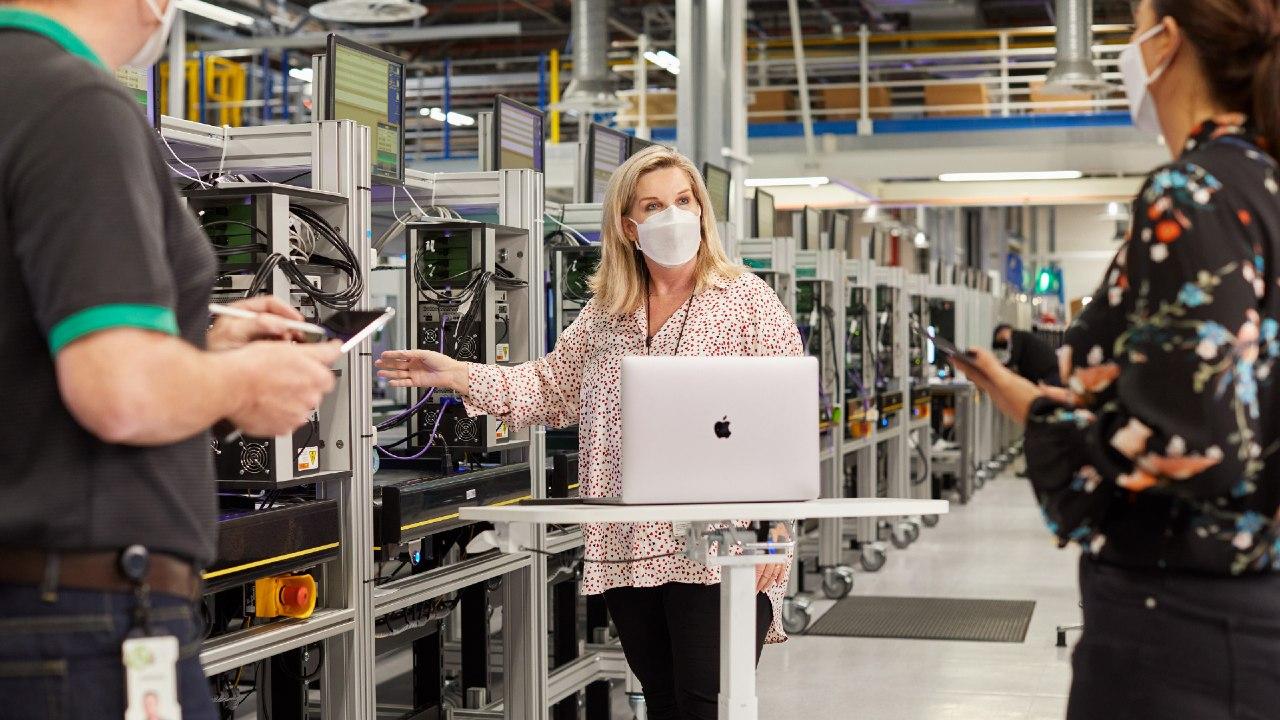 Apple medidas seguridad fábricas filtraciones
