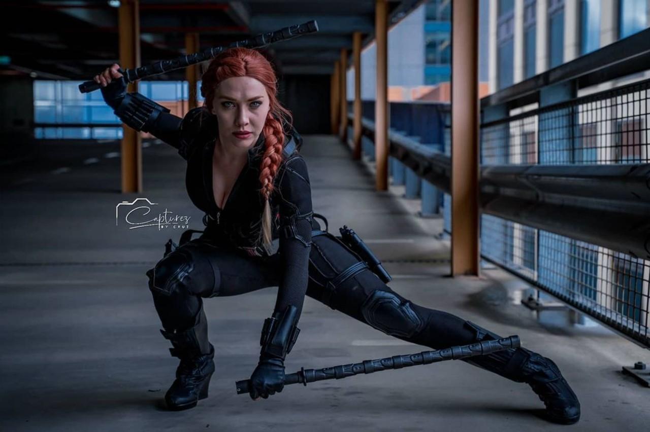 Marvel: Cosplayer recrea uno de los atuendos más especiales de Black Widow