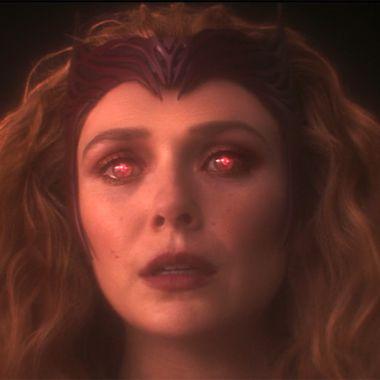 Scarlet Witch Elizabeth OLsen Bruja escarlata