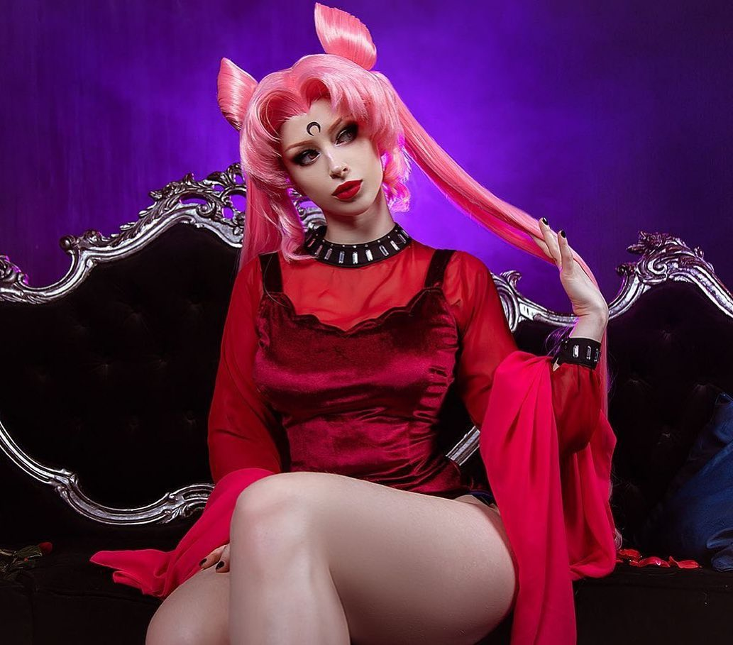 Sailor Moon: Cosplayer trae a la vida a la malvada Black Lady