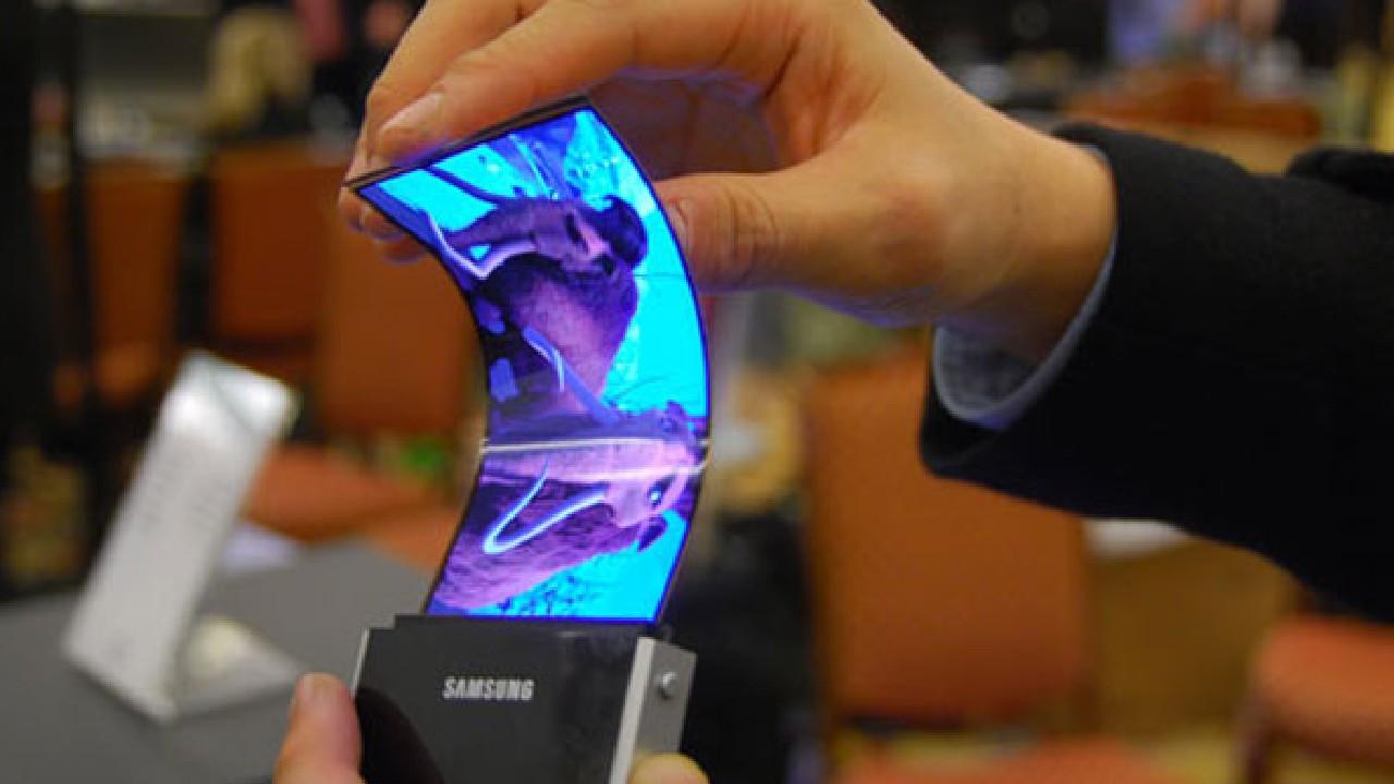 samsung display felxible piel oled