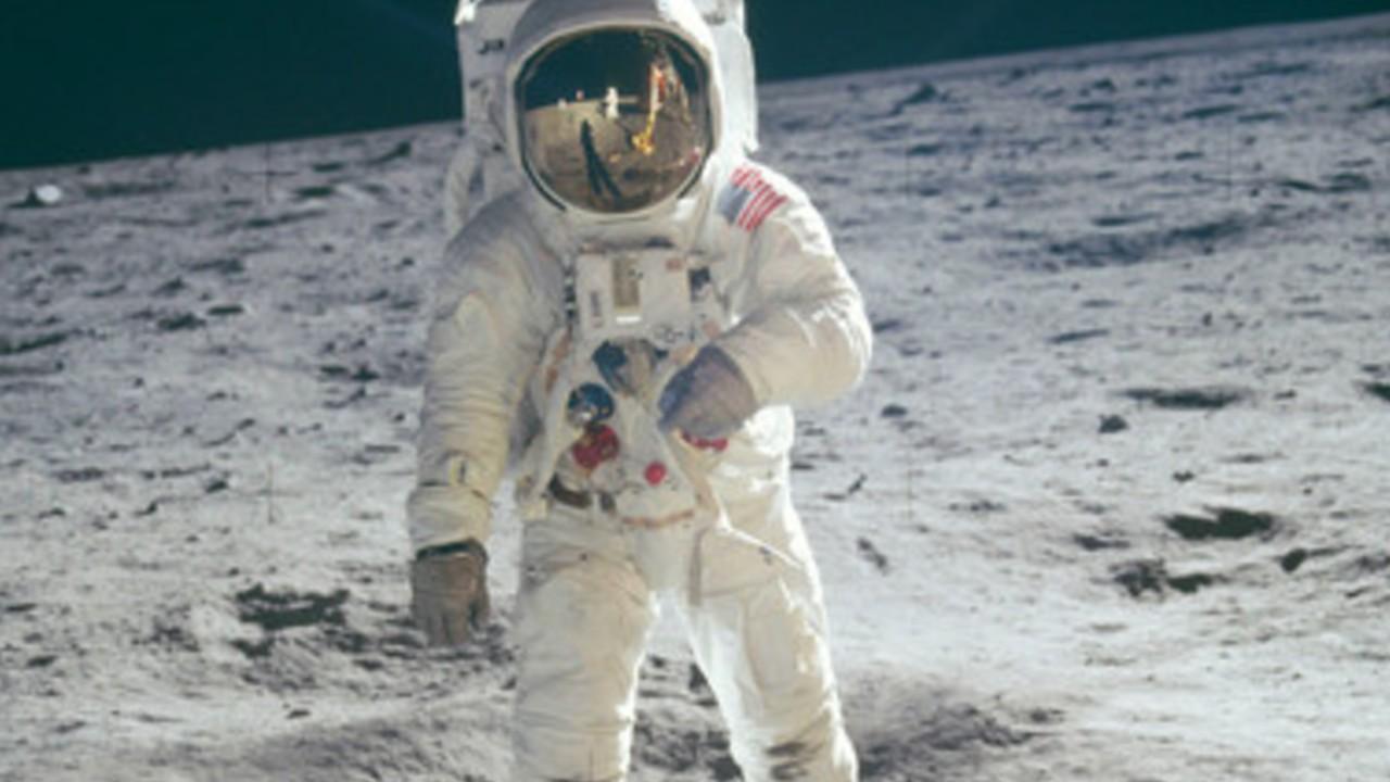 Neil Armstrong llegada luna alunizaje
