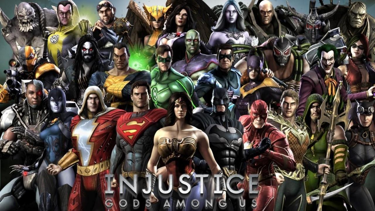 Injustice comic pelicula voces