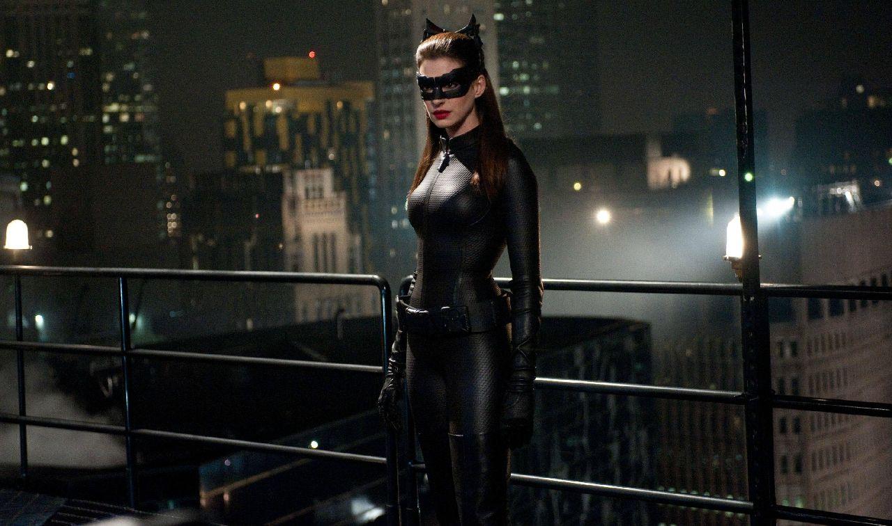 personajes de dc comics catwoman christopher nolan