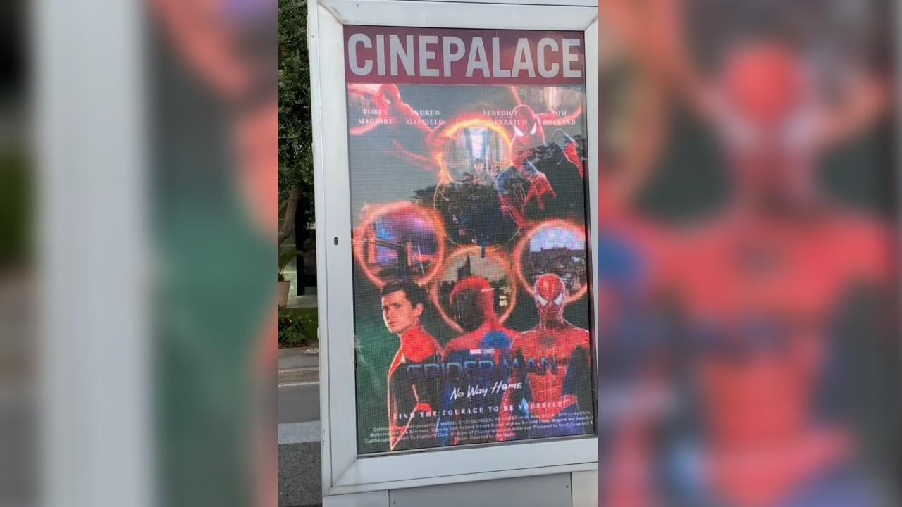 cines usan posters de fans para Spiderman no way home