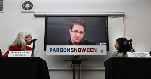 Edward Snowden explica exactamente cómo la CIA hackea los televisores Samsung
