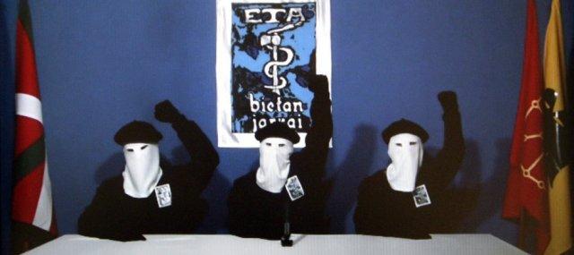 La banda terrorista ETA llega al final de su trayectoria ¿disolución o rendimiento?