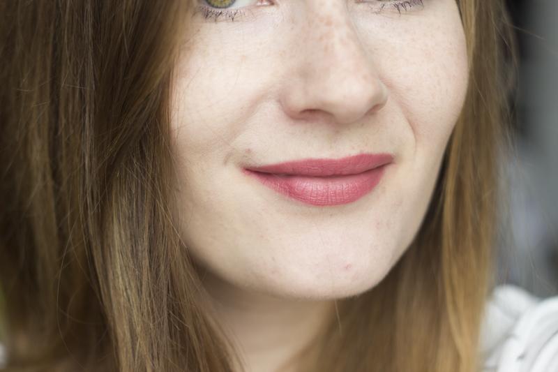 liquid lipsticks - nyx cannes - coeurdelisa