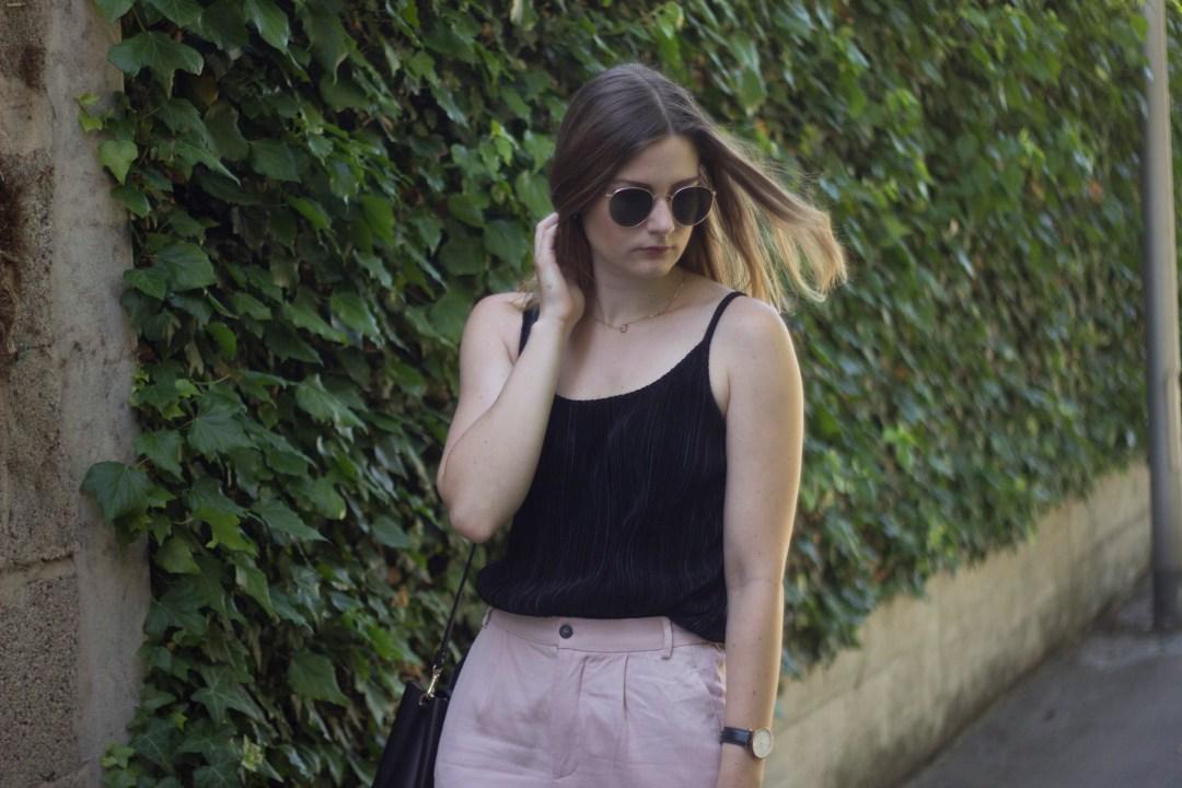 Black & Rosé Outfit