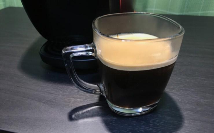 コーヒーの湯量を調節して抽出