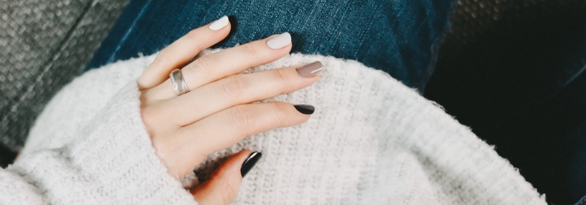 "Der Nageltrend 2019: ""Gradient Nails"""