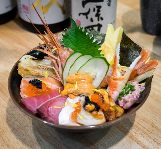 Orchard Central - En Sakaba - En Kaisen Chirashi Don