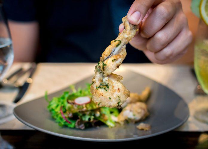 Vineyard at Hort Park — Garlic Parsley Frog Leg