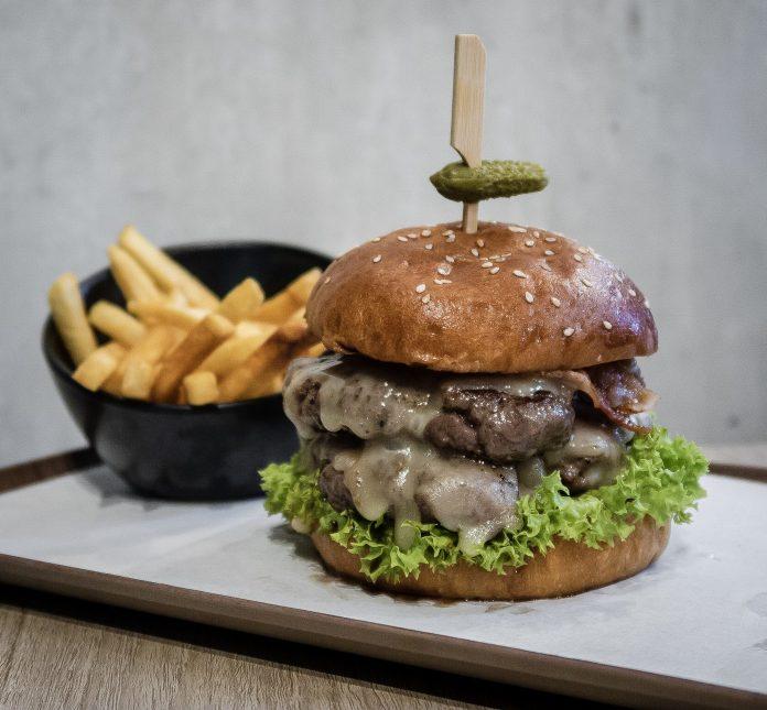 Grub-Double Cheeseburger