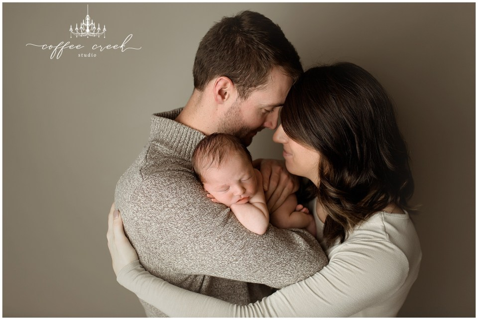 Owen: Indianapolis newborn photographer