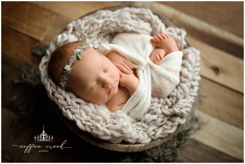 Indianapolis newborn photographer newborn girl in wrap