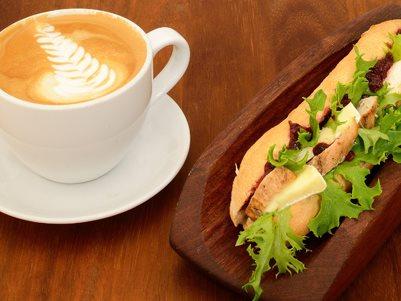 Znalezione obrazy dla zapytania kanapki  i kawa