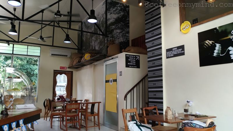 sgd coffee interior 1
