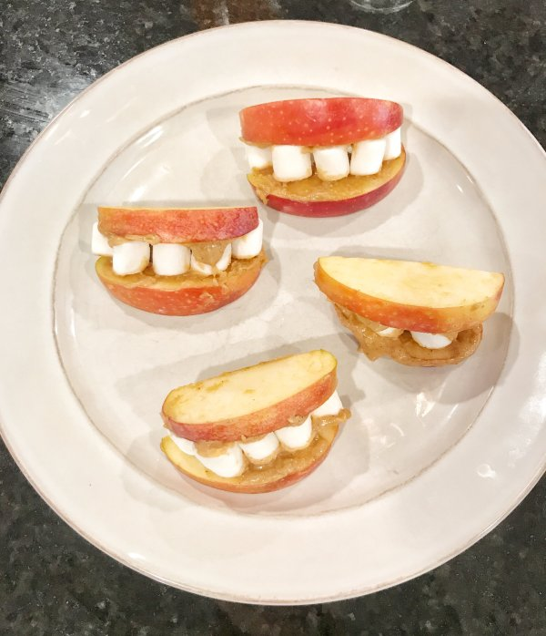 Healthy Halloween Treats #snacks #kidfriendly #homemade