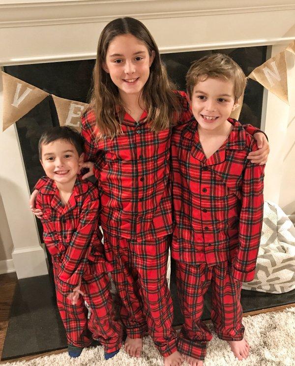 Coordinating Christmas pajamas #plaid #siblings #matchingpjs