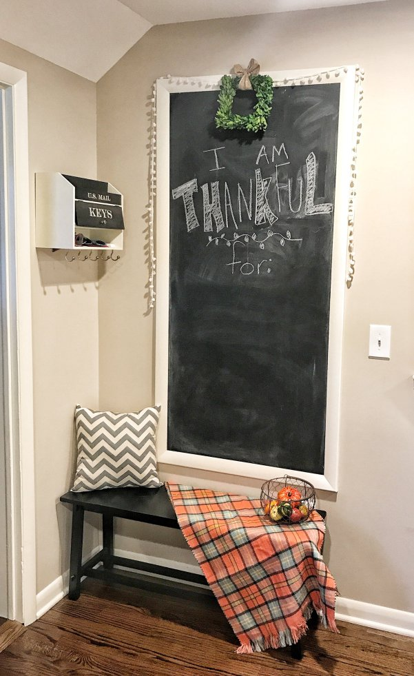 Chalkboard Wall for Farmhouse Kitchen #farmhousedecor #farmhousekitchen #chalkboardwall