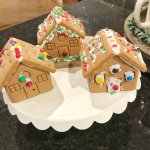 Friday Favorites: Hot Cocoa, Gingerbread Houses & Holiday Traditions