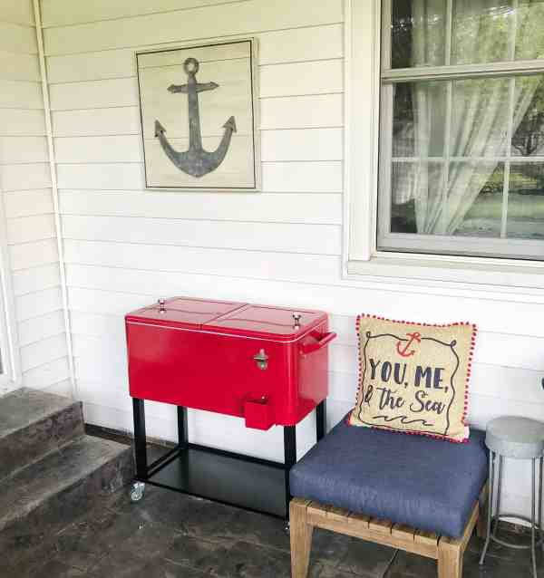 Red Rolling Cooler perfect for summer time entertaining! #outdoordining #fathersdaygiftideas
