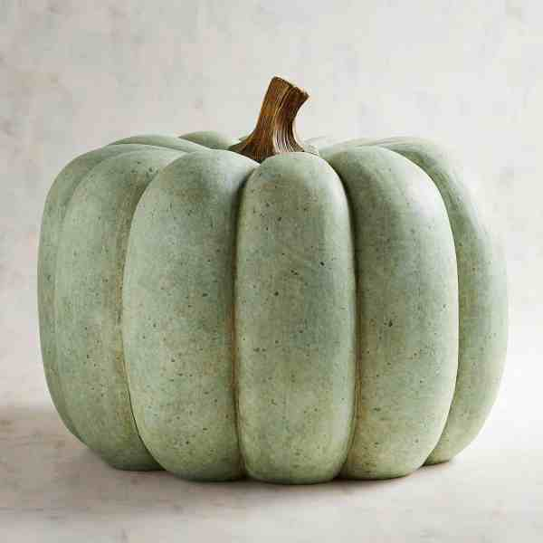 Faux Pumpkins for Fall Farmhouse Decor #inspiration #falldecor #farmhousedecor #pumpkins