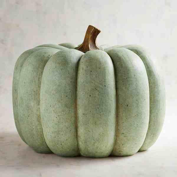 Faux Pumpkins for Fall Farmhouse Decor #inspiration #falldecor #farmhousedecor #pumpkins