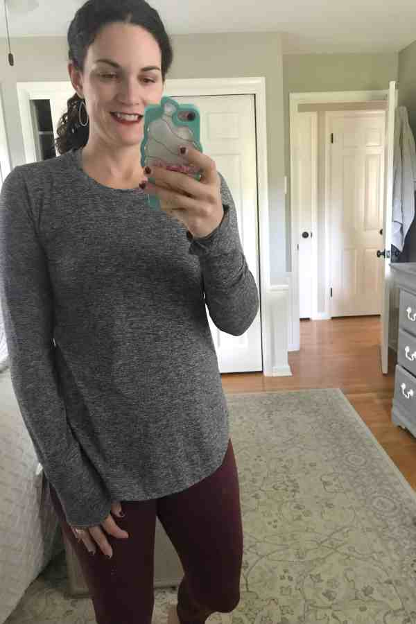 Fall Athleisure for Women #workoutclothes #workoutstyle #moms