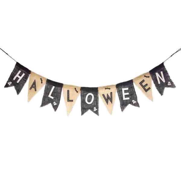 Farmhouse Halloween Decor #garland #inexpensive #halloweenmantle