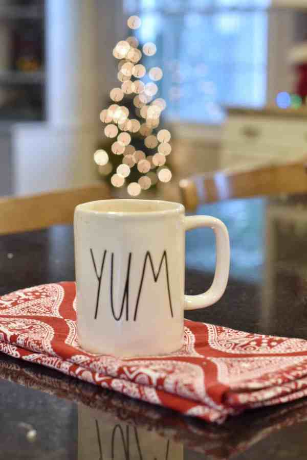 Easiest Homemade Hot Cocoa Recipe #inexpensive #hotchocolate #kids