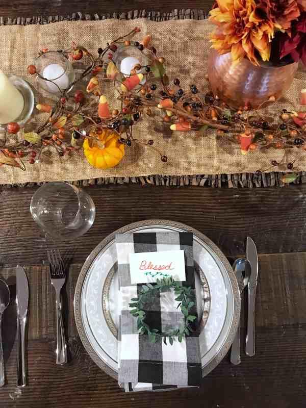 Thanksgiving Table Setting #farmhouse #buffalocheck #centerpiece
