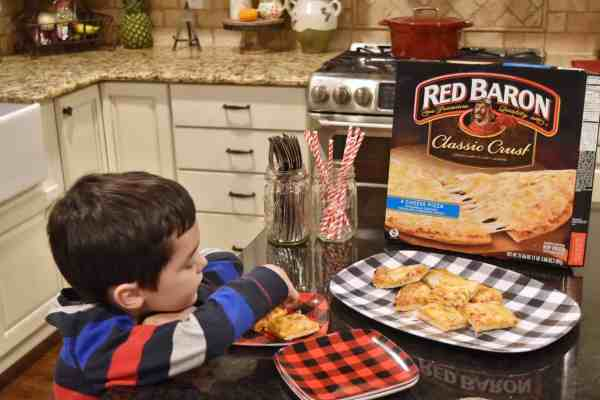 Easy Dinner Ideas to Serve to Guests #kidfriendly #familyfriendly #inexpensive #sponsored