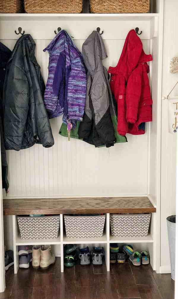 How to organize a small mud closet #decluttering #closetorganization #easyorganizationideas #closets