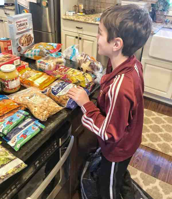 25+ Trader Joe's Snack Ideas for Kids #family #shoppinglist #healthysnacks