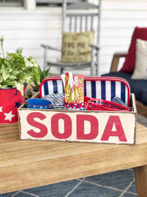 4th of July decor ideas #redwhiteblue #outdoordecor #patios #party