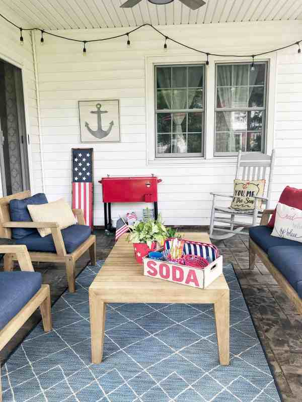 Covered Patio Decorating Ideas #redwhiteandblue #entertaining #porches #onabudget