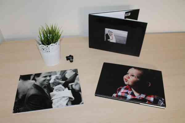 create a yearly photo book #familyphotos #photoorganization