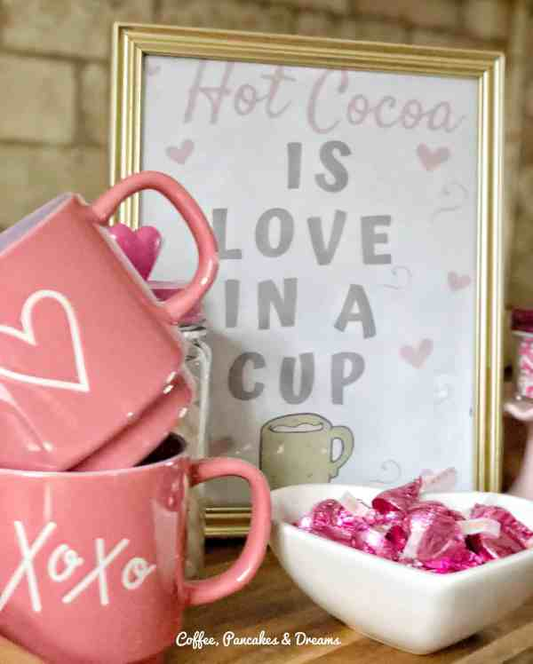 Free Valentine's Day printable #hotchocolate #hotcocoa #cute #free