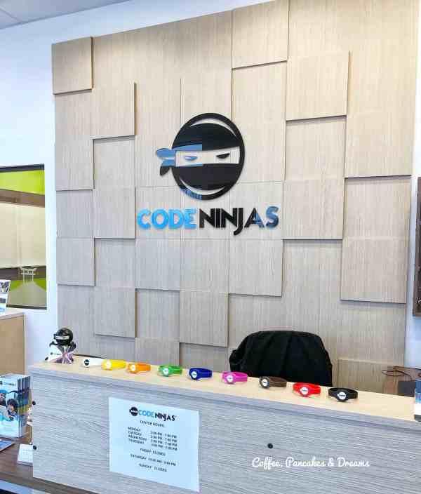 Review of Code Ninjas Avon #sponsored #coding #stemactivities